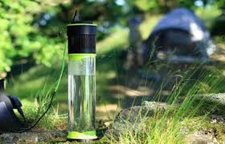 جهاز يحول الهواء الجاف إلى مياه