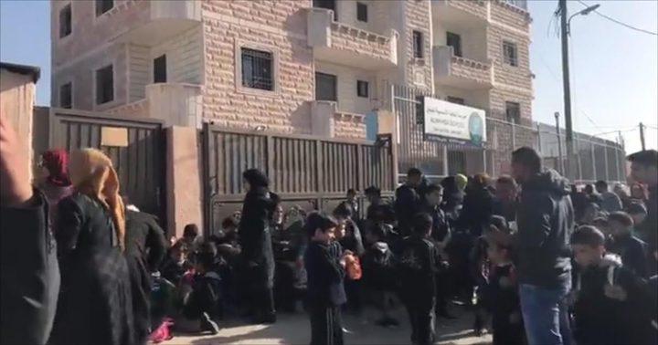 بلدية الاحتلال تعيد النظر بقرار إغلاق مدرسة النخبة