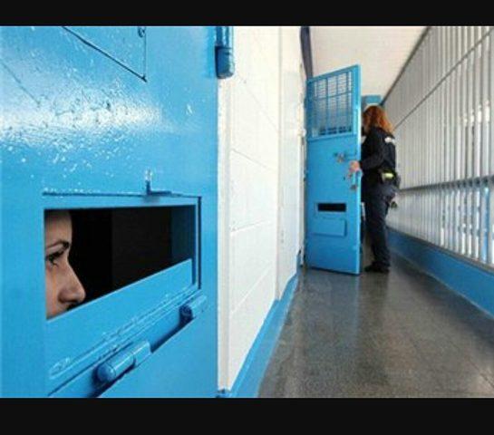 صحيفة المانية: توقيت اضراب الأسرى يضع إسرائيل في ورطة