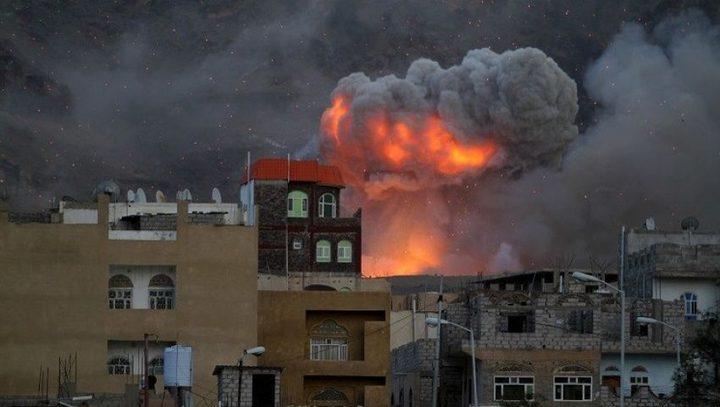 قتلى عسكريون بانفجار مخزن أسلحة وسط عدن