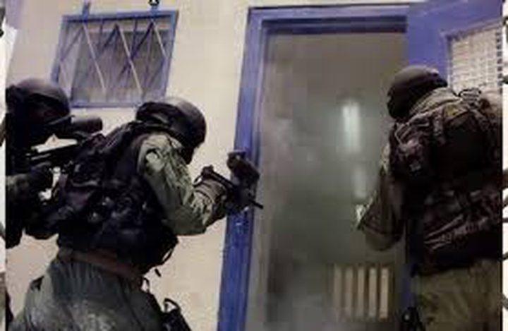 """اقتحام قسم الأسرى المضربين في سجن """"نفحة"""""""