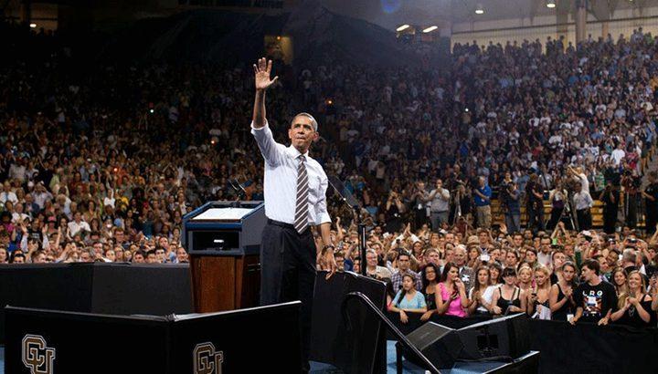 أوباما يعود إلى الساحة الإجتماعية