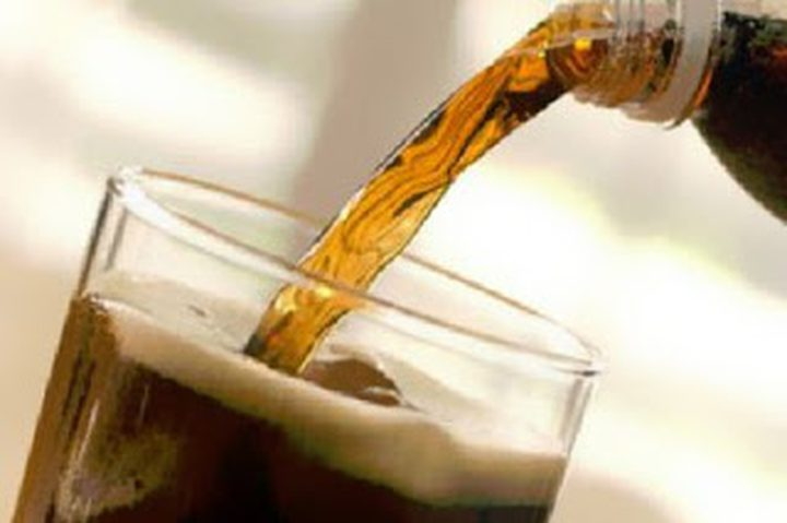 مشروبات الدايت..خطر يهدد بالزهايمر والجلطات
