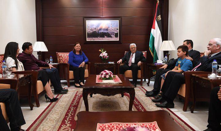 الرئيس عباس يؤكد للبرغوثي مواصلة الجهود لإنهاء معاناة الأسرى