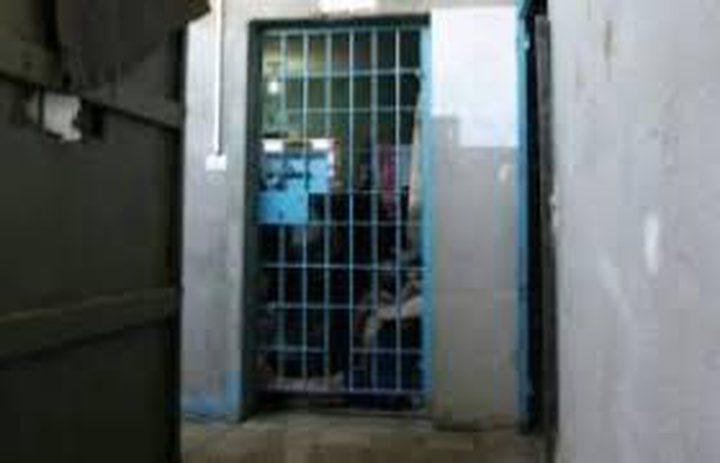"""وفاة موقوف في سجن """"دير البلح"""""""