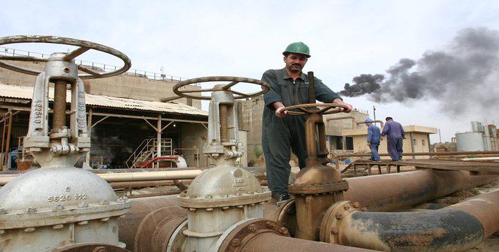 النفط يهبط متأثرا بضغوط المخزونات الأمريكية