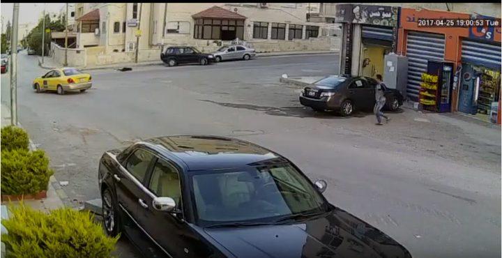 مركبة تعبر على جسد طفل في الأردن (فيديو)