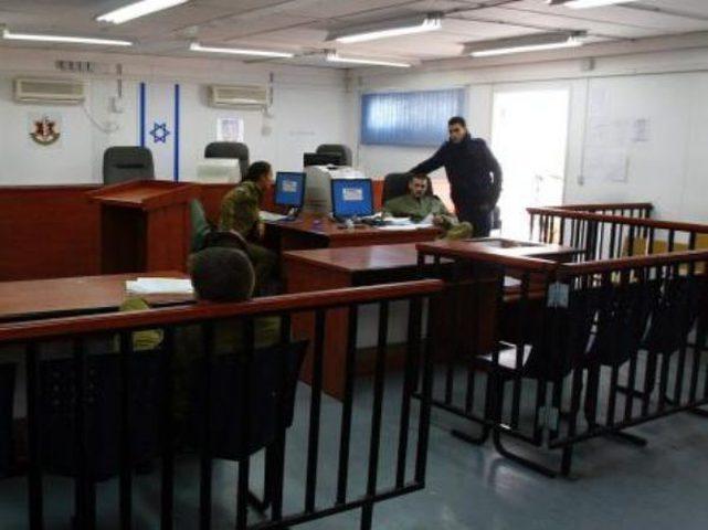 الاحتلال يحكم بالسجن على محامي فلسطيني
