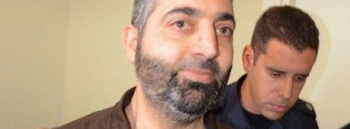 الاحتلال يتهم محامي بالتعاون مع أسرى حماس