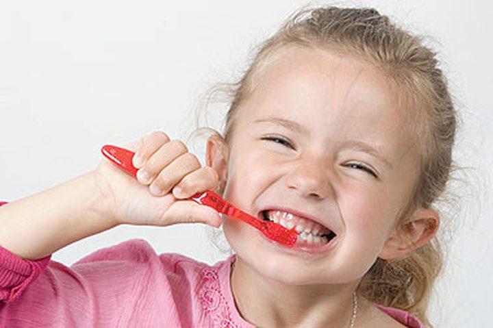 أخطاء في تنظيف الأسنان تعرض أسنانك للتسوس