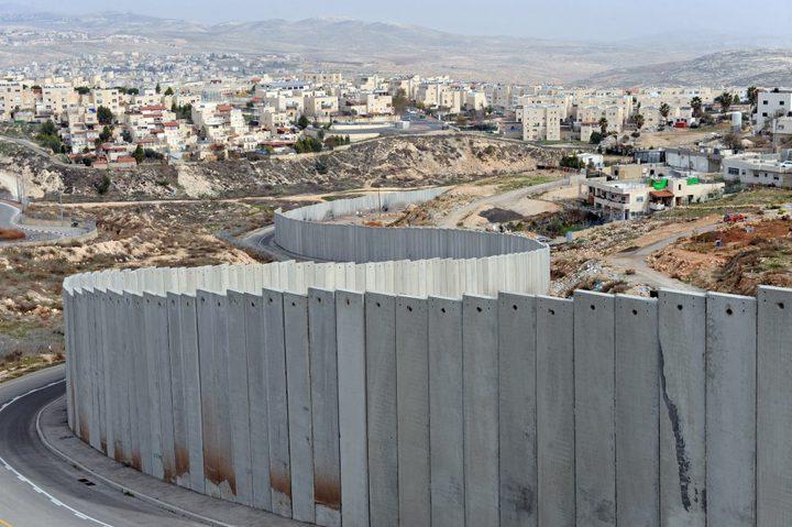 الاحتلال يستأنف بناء الجدار غرب بيت لحم