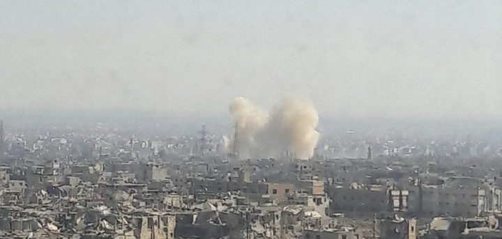 معارك عنيفة في القابون السوري وغارات على أدلب
