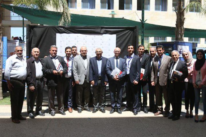 في النجاح .. معرض المواد الإنشائية الأول في فلسطين