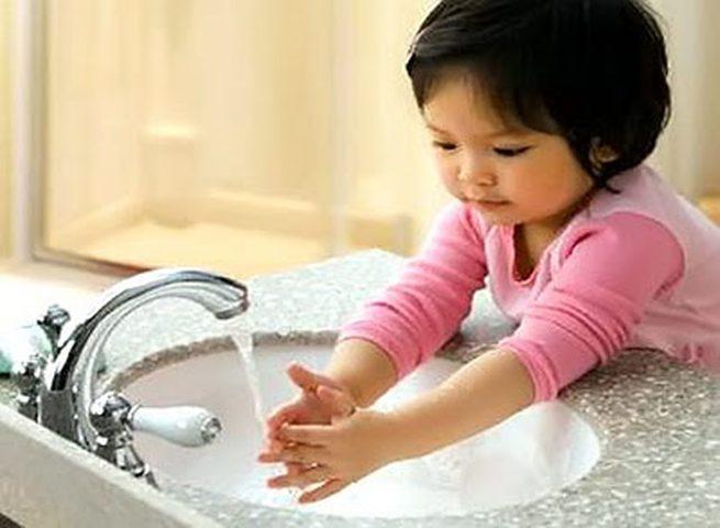 غسل اليدين ينقذ حياة ثمانية ملايين شخص سنويا