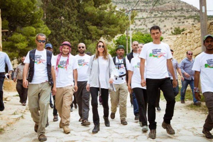 الملكة رانيا تنضم لمسارات درب الاردن