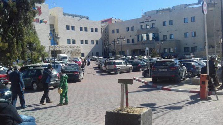 إصابة مرضى بينهم أطفال جراء اقتحام الاحتلال لمجمع فلسطين الطبي