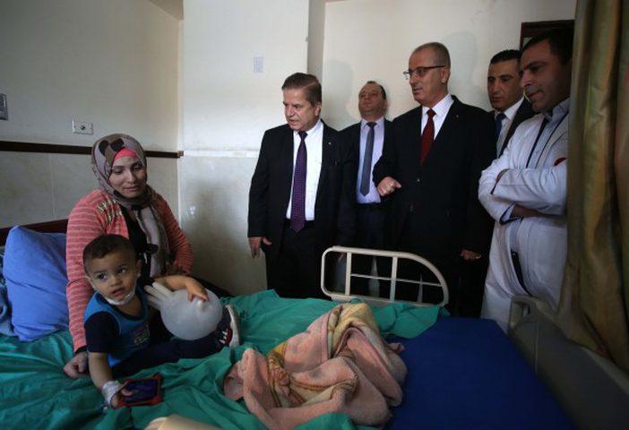 الحمد الله يوعز بتخصيص مليون دولار لتوسعة مستشفى بنابلس
