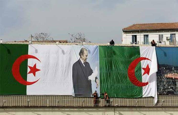 الحزب الحاكم وحليفه يكتسحان البرلمان في الجزائر