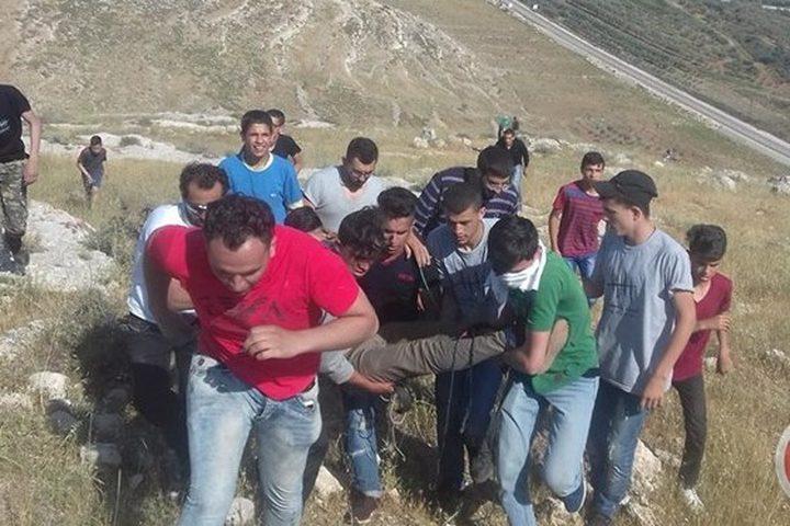 7 اصابات خلال مواجهات مع الاحتلال بقرية النبي صالح