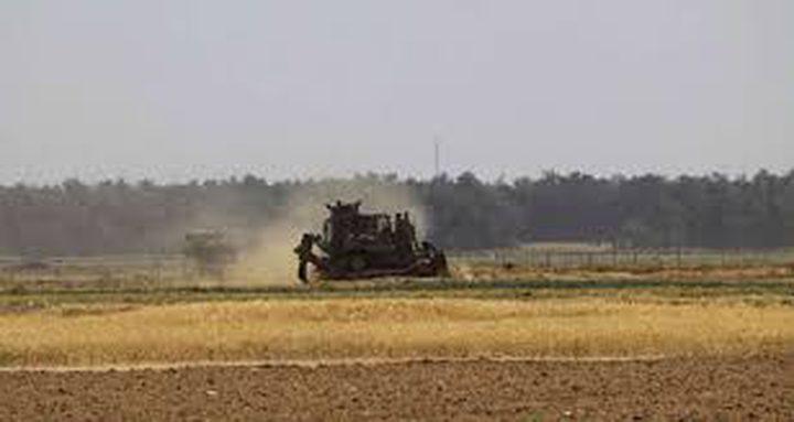 جرافات الاحتلال تتوغل شرق دير البلح
