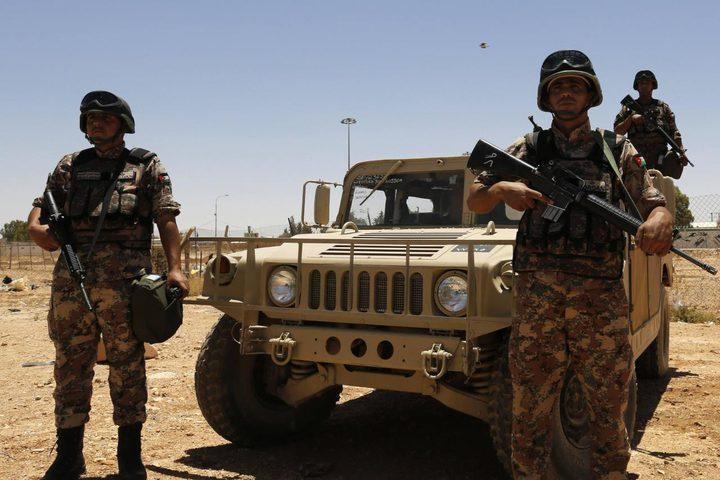 مقتل ثلاثة مسلحين وإصابة جندي أردني على حدود سوريا