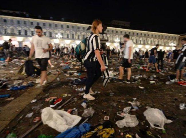 الف جريح في تدافع بمباراة دوري أبطال أوروبا