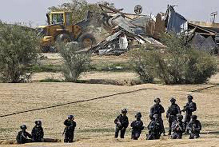 الاحتلال يصادر أراضي النقب الغربي بالكامل