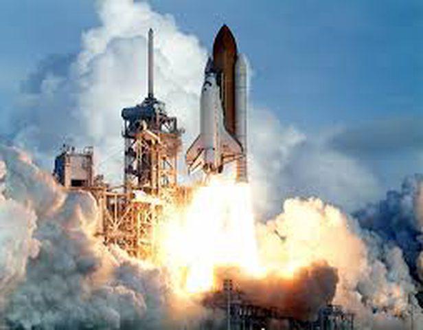 تأخير إطلاق صاروخ سبيس إكس بسبب الحالة الجوية