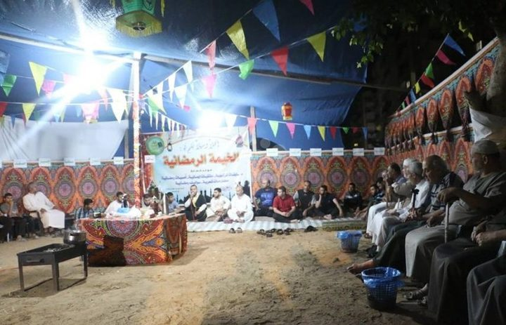 خيمة رمضانية لاستعادة ذكريات الزمن الجميل في غزة