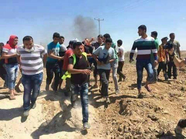 إصابات خلال مواجهات على حدود قطاع غزة