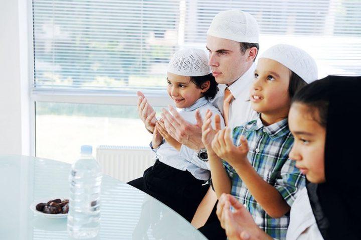 كيف يكون صيام الطفل آمناً في رمضان؟
