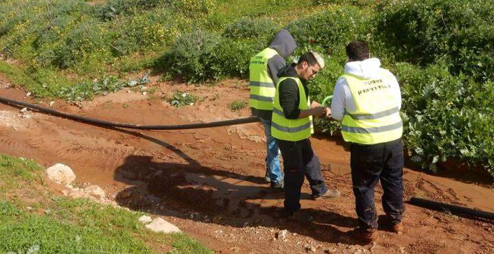 نابلس: الاحتلال يقطع خط مياه يزود 13 تجمعاً فلسطينياً