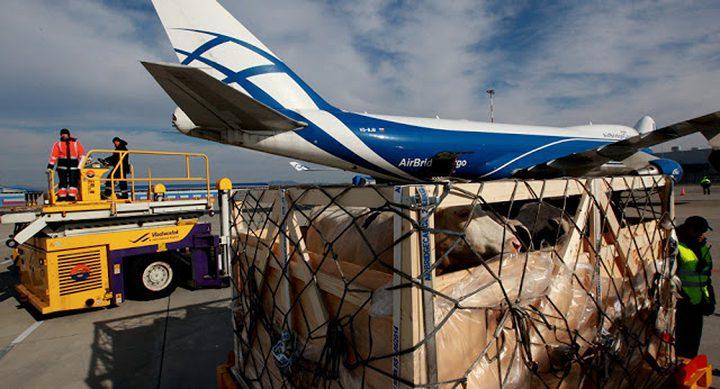 ايران ترسل طائرات محملة بالأغذية لقطر