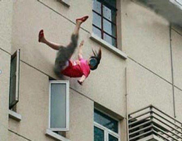 وفاة طفلة سقطت من الطابق السابع في نابلس