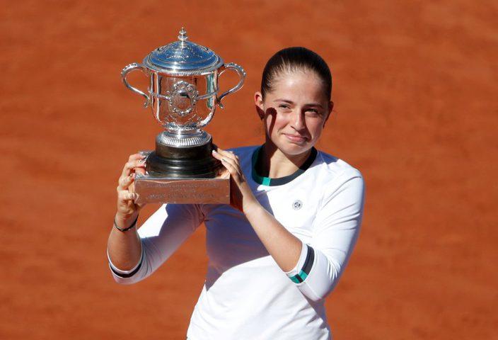 قفزة هائلة للبطلة أوستابنكو في تصنيف لاعبات التنس