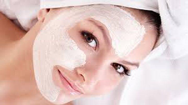علاج يظهر بشرتك أصغر بسنوات