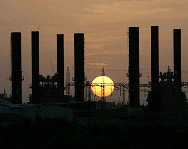 كهرباء غزة تنفي علمها بتقليص عدد ساعات الوصل