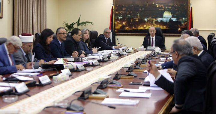 """مجلس الوزراء يدعو """"حماس"""" للتراجع عن انقلابها والإلتزام بخطة الرئيس"""