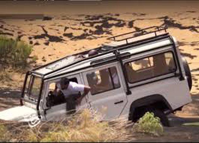 """سيارة """"رامز تحت الأرض"""" كيف تغرق وأين تذهب؟(فيديو)"""