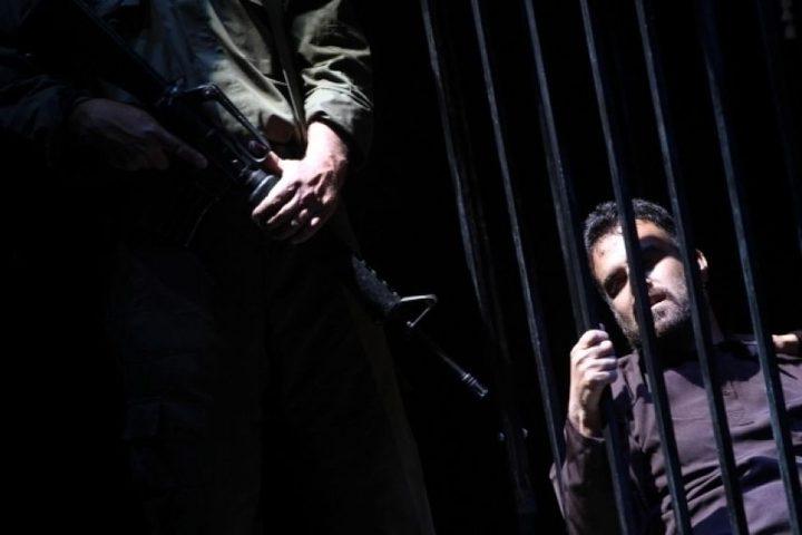 العليا الإسرائيلية تؤكد على احتجاز الأسرى بظروف لا انسانية