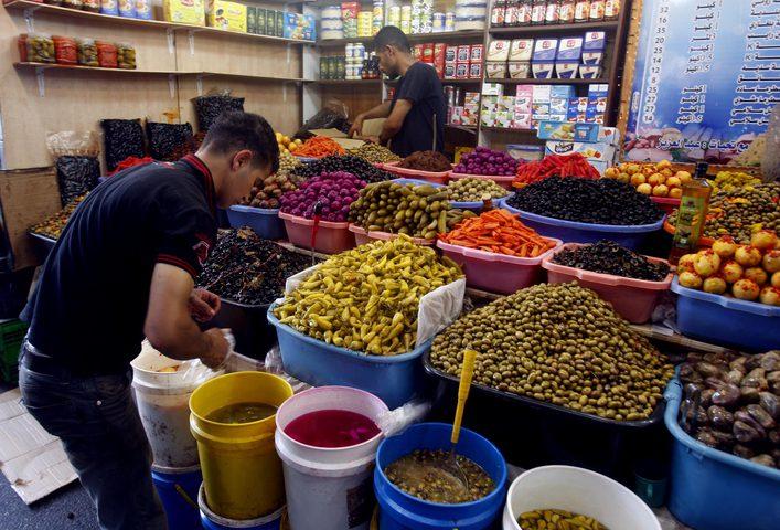 إجراءات لتنظيم الأسواق والسير خلال الأيام الأخيرة من رمضان بنابلس