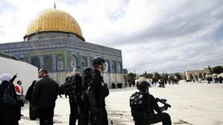 الاحتلال يبعد (350) فلسطينيًا عن القدس