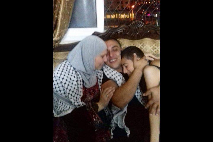 محمد منصور.. حرية ممزوجة بالفرح والحزن