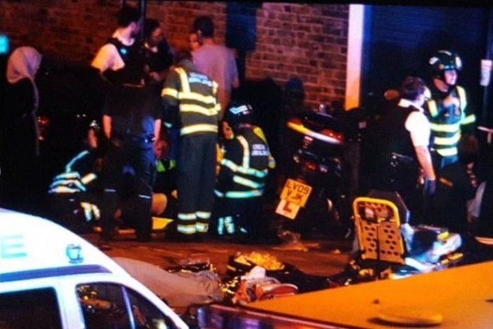 قتيل وثمانية جرحى إثر دهس شاحنة لجمع أمام مسجد في لندن