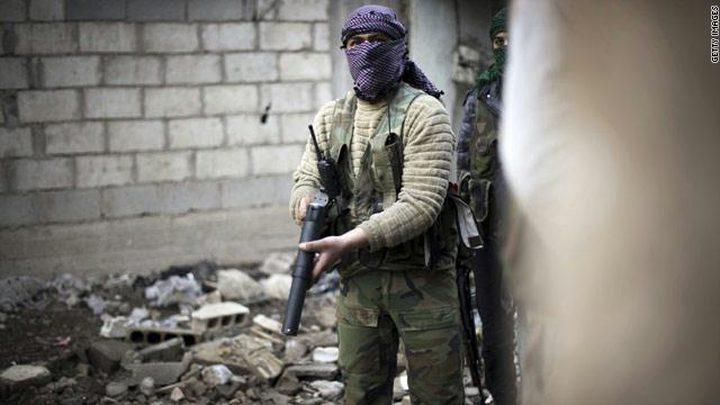 إسرائيل تدفع رواتب مقاتلين في سوريا