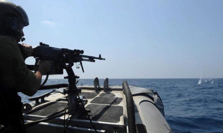 الاحتلال يستهدف الصيادين ومراكبهم