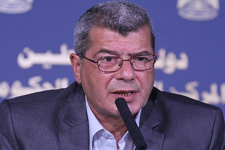 قراقع: إسرائيل ارتكبت ممارسات فظيعة بحق الأسرى