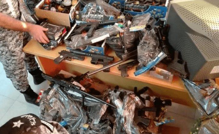 نابلس: ضبط 18 ألف مسدس (خرز) ممنوعة من التداول