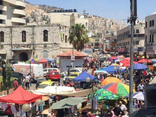توتر في مدينة نابلس بين أصحاب البسطات والشرطة