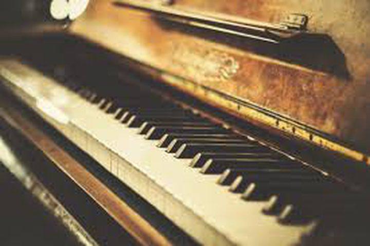 إقامة معرض لآلات بيانو تاريخية في موسكو